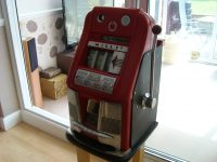 WANTED,MILLS ESCALATOR,BALLY PENNY STAR GLASS,PACE COMET  VENDOR
