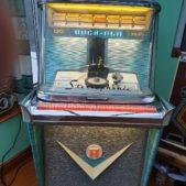 Rockola Tempo 1 120 record play model 1468 jukebox